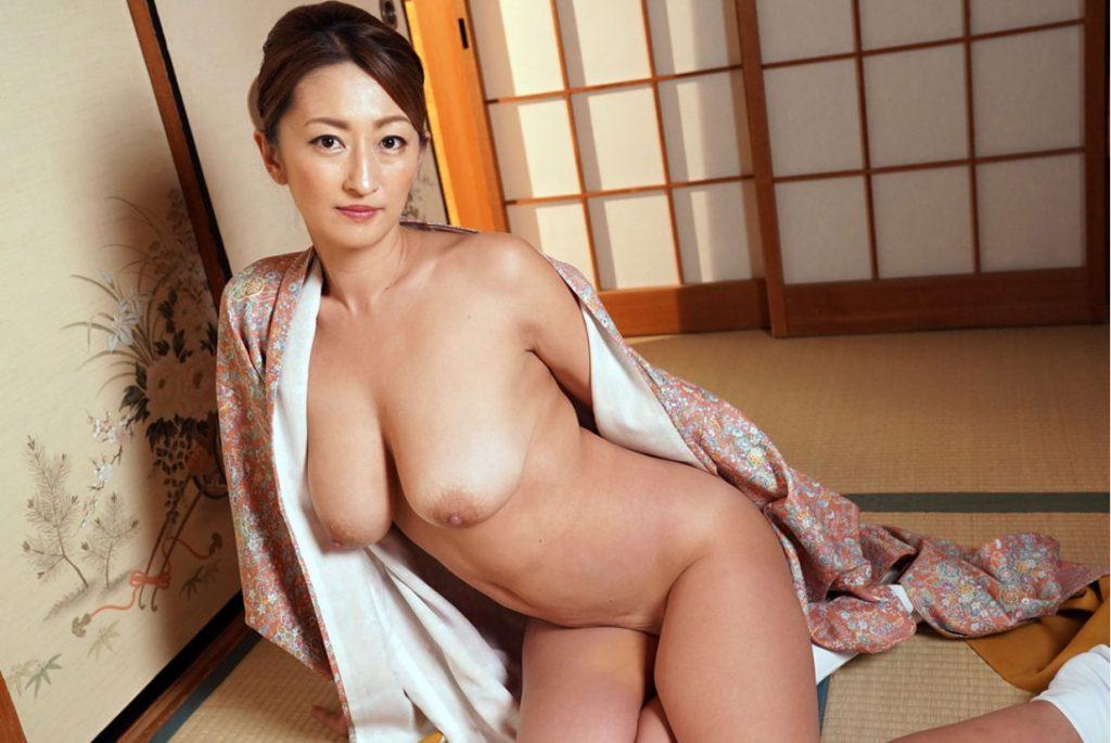 Rena Japanese porn star