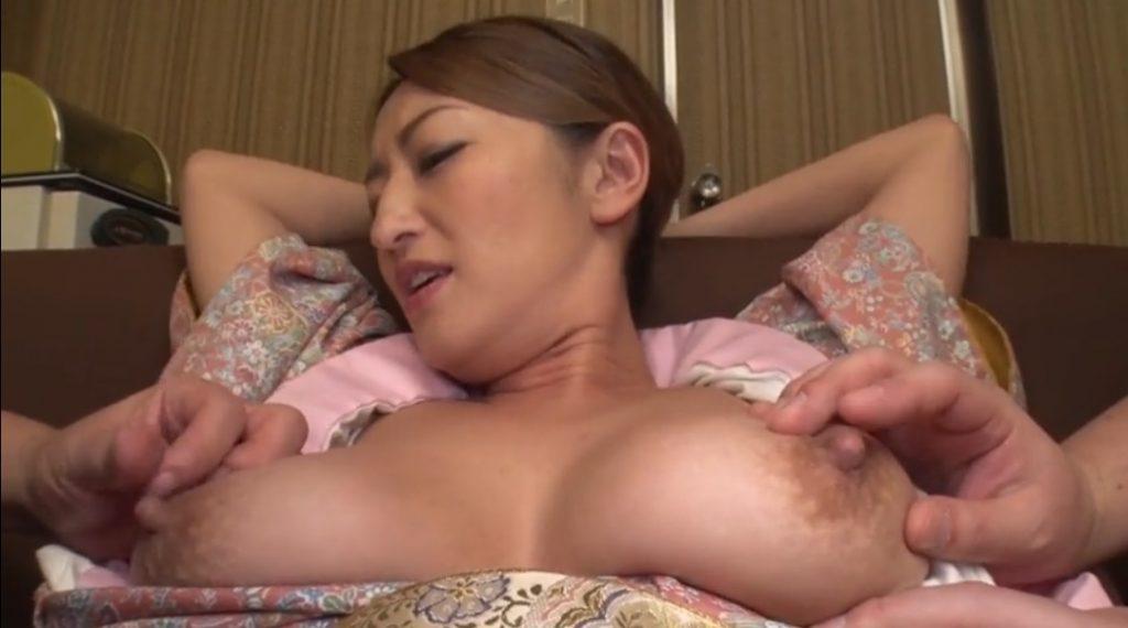 Rena nipples