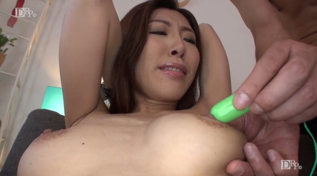 Kaori Buki is caresses by electric vibrator