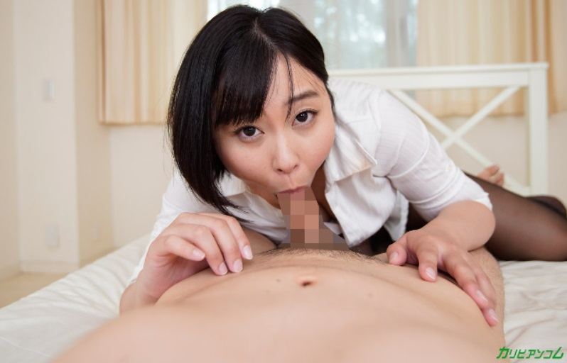 Momoka Ogawa takes fellatio