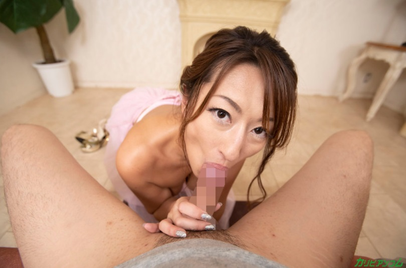 Rena takes blow-job