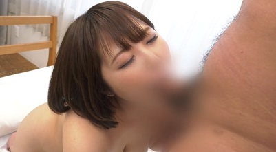 Debut Vol.59 : She is a real call girl who has the bestest tits ever!