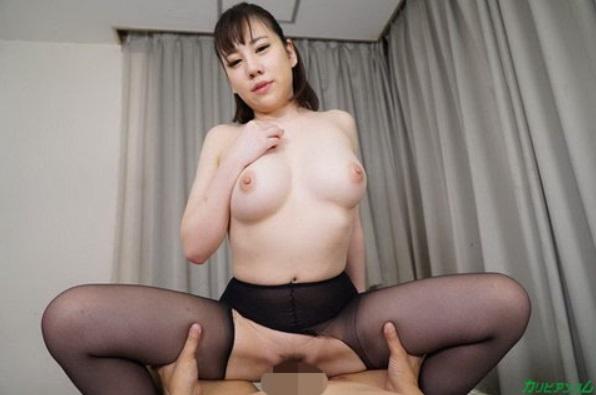 Riri Shiraki gets fucked by cowgirl position
